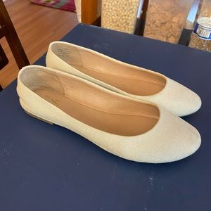 Flat shoe , white color